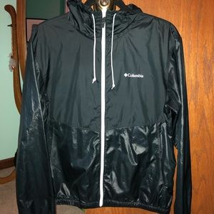 Women's Columbia windbreaker - Size M